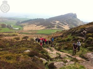 FALL FROM ROCK ON THE ROACHES 1 20-04-14