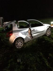 Car leaves M40 and ends up in field