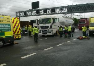 TWO HGVS AND CAR INVOLVED IN M6 RUSH HOUR COLLISION 3