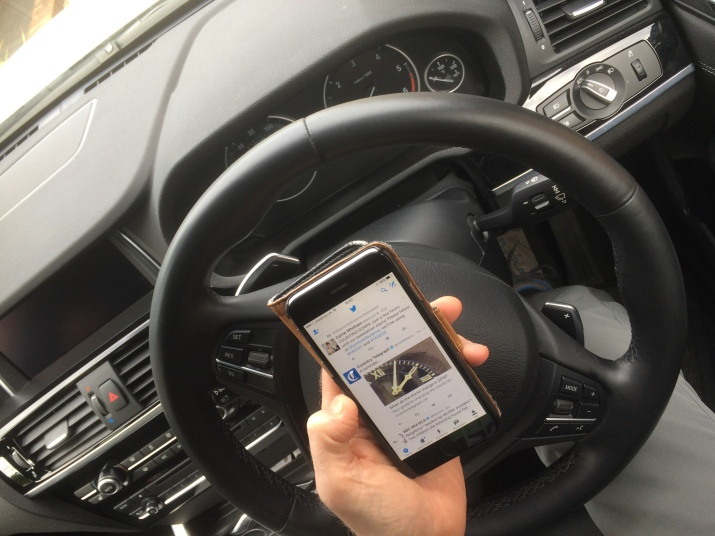 mobile-use-in-a-car
