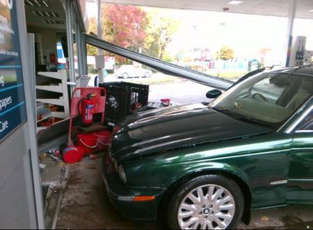 tesco-petrol-station-24-10-16-1