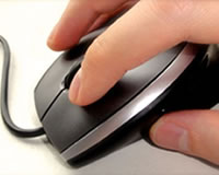 easy-read-hand-clicking-mouse
